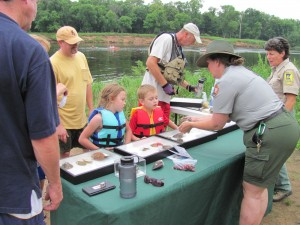 Learning about mussels on the St. Croix Sojourn