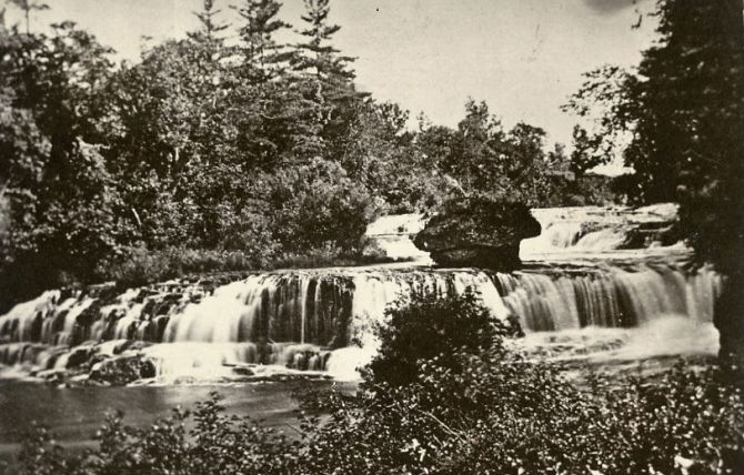 "Junction Falls of the Kinnickinnic in 1865.  (Photo from University of Wisconsin - River Falls archive, via <a href=""http://www.friendsofthekinni.org/"">Friends of the Kinni</a>)"