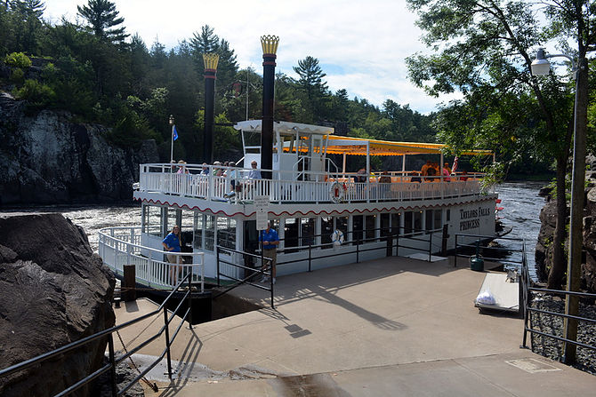 Taylors Falls Princess (Photo by MIkah Meyer)