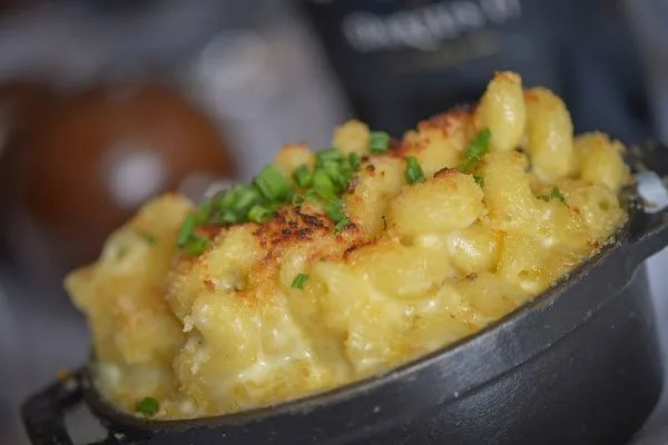 Mac & Cheese in an iron skillet as a Side dish