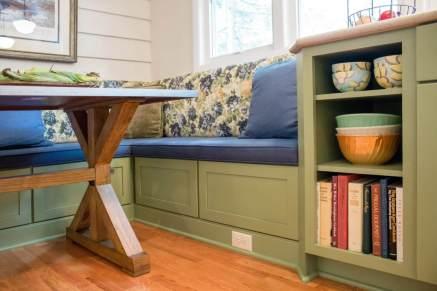 Medallion Cabinets upholstered bench