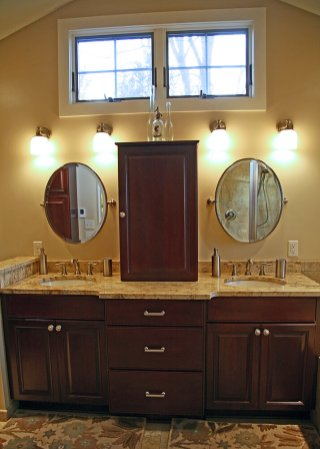 Master Bath with Soaking Tub in Delavan - vanity-with-transoms