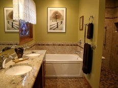 Remodeling for Wheelchair Accessibility - koons-bath-toward-tub-640x480_c