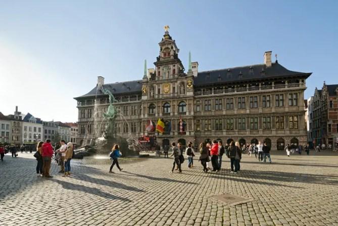 Antwerpen markt 780