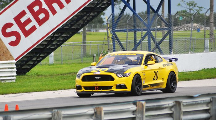 Steeda #20 Race Car