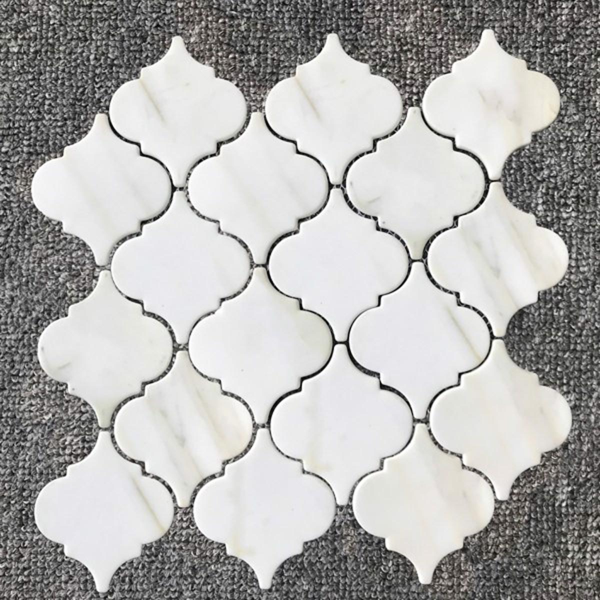 gray white arabesco mosaic calacatta gold backsplash tile