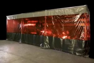 WC-2A-Welding-Curtain-1-573x384