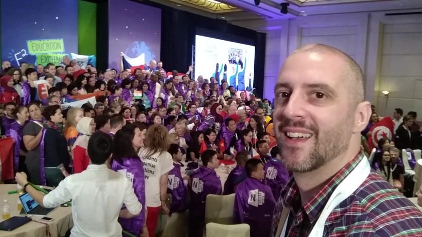 Stefan Malter als Reporter in Singapur (icrosoft Education Exchange in Singapur (Microsoft E² Education Exchange 2018)