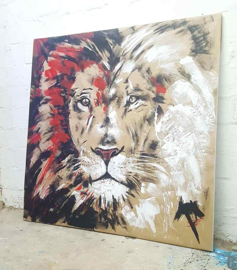 Löwe gemalt, im Atelier