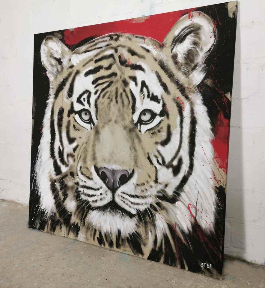 Tiger Gemälde in Rot und Schwarz