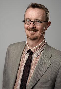 Porträttfotografering i fotostudio för Första AP-fonden