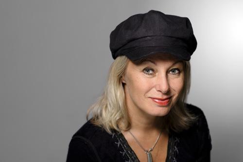 Louise Hoffsten, studioporträtt. Fotograf Stefan Tell