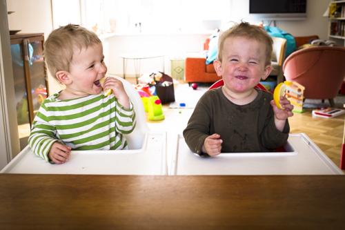 fuji-x100s_tvillingar-äter-citron