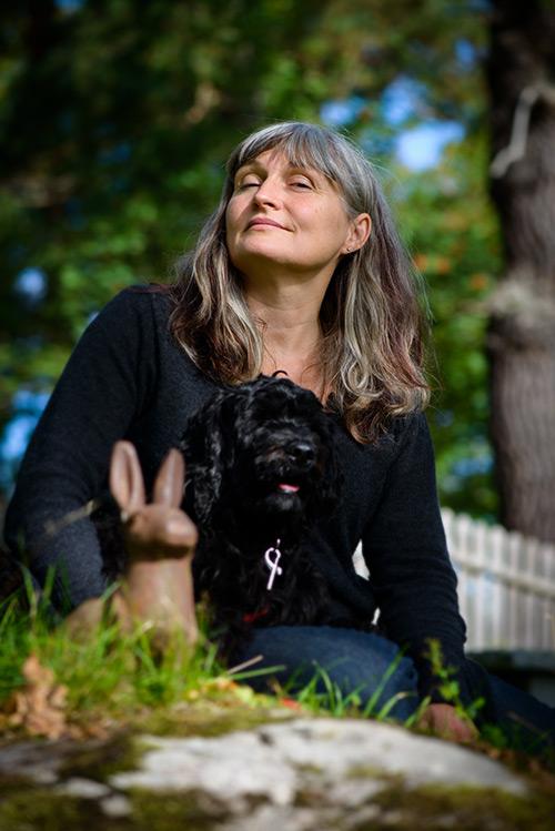 Anna Höglund, illustratör. Pressbild för Lilla Piratförlaget 2013. Fotograf Stefan Tell
