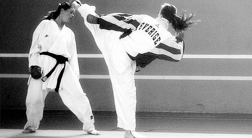 karate-tjejer