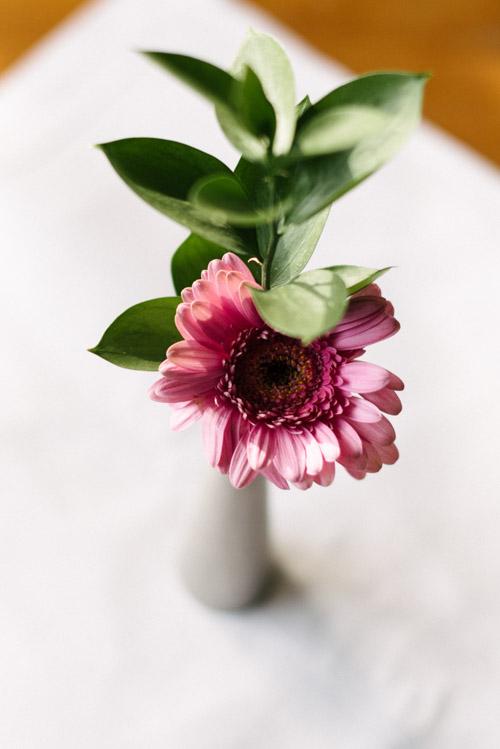 diversebild-blomma-vas-bord