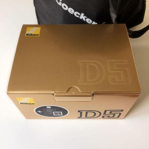 Nikon-D5-kartong-första-intrycket-test