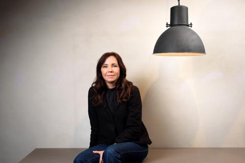 Malin Bergström, författarporträtt och pressbild till tidningen Vi Föräldrar. Fotograf Stefan Tell