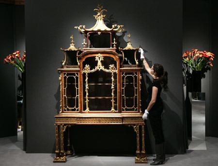 Cabinet Chippendale - mobila antica