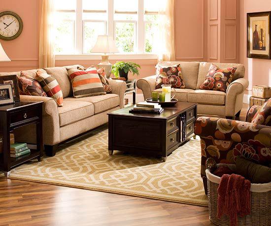 Sufragerie roz, perne din material viu colorat idei de amenajare a living