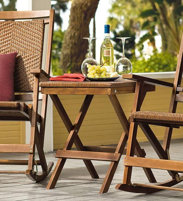 mobilier mic de terasa