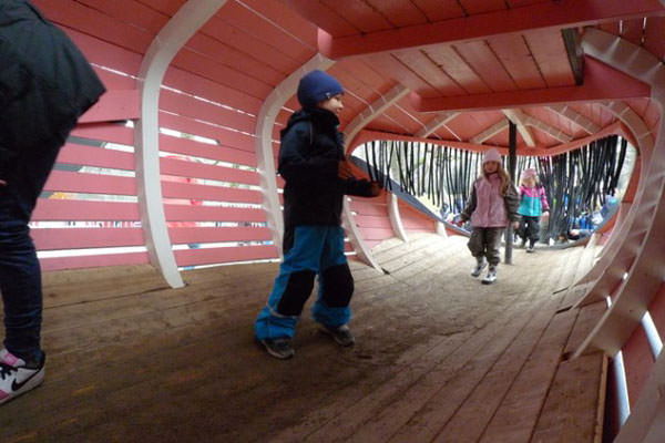 locuri de joaca din lemn