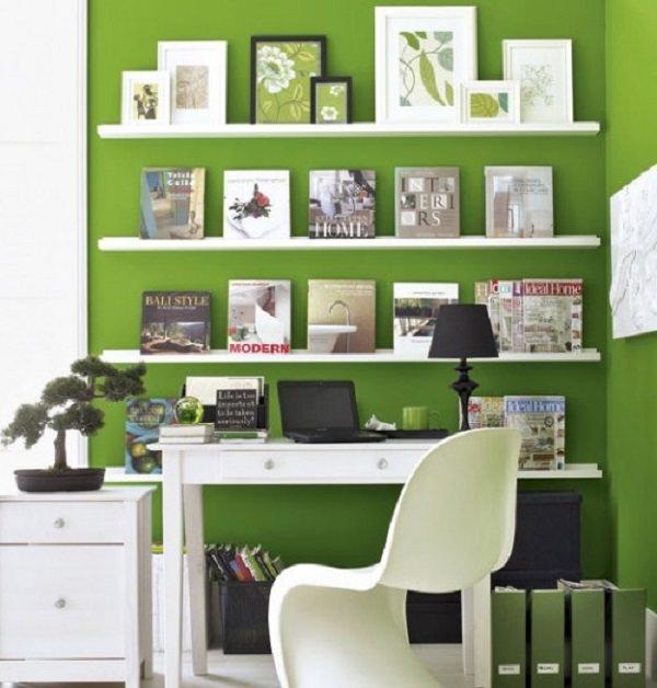 birou in culori calde