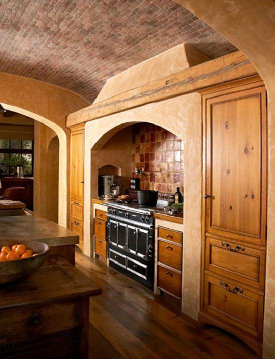 bucatarie cu lemn masiv si piatra