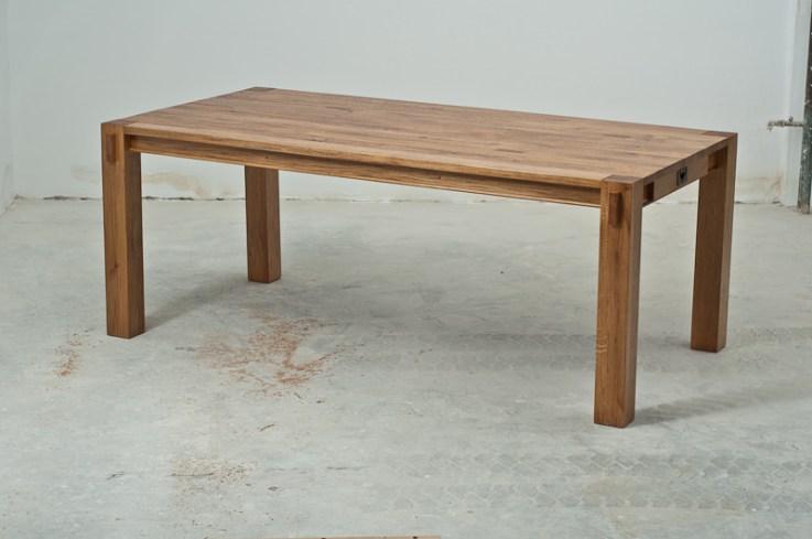 masa din lemn de stejar