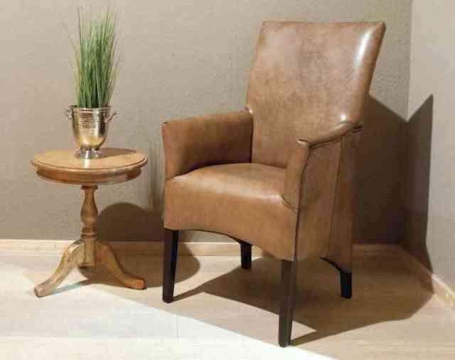 scaune cu tapiterie