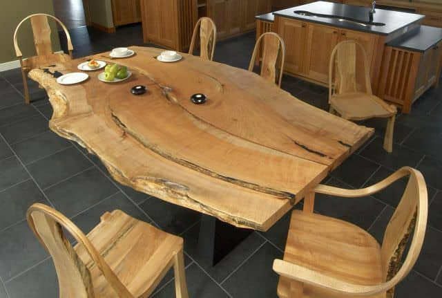 mobila din lemn masiv - obiecte