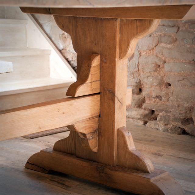 masa de manastire din lemn masiv