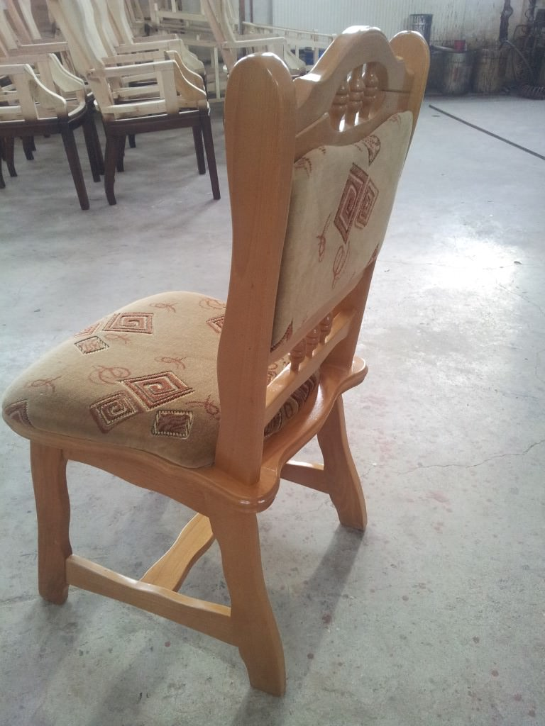 scaun tapitat model Europa