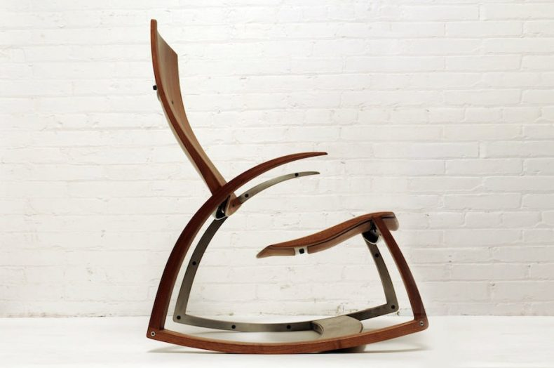 mobila din lemn si fier -balansoar