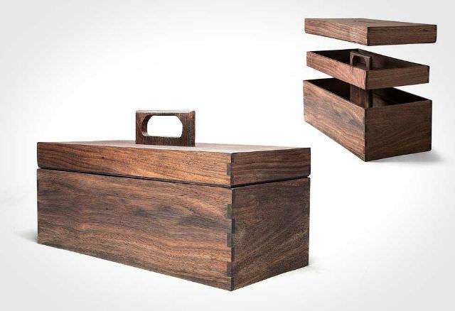 lada de scule din lemn