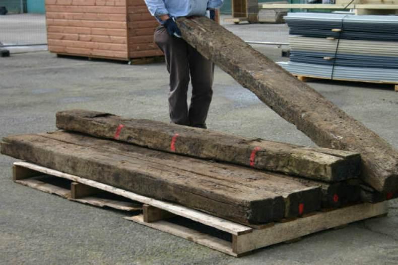 peisagistica grinzi de lemn