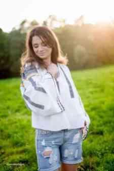 Alina Rad autor www.stejarmasiv.ro