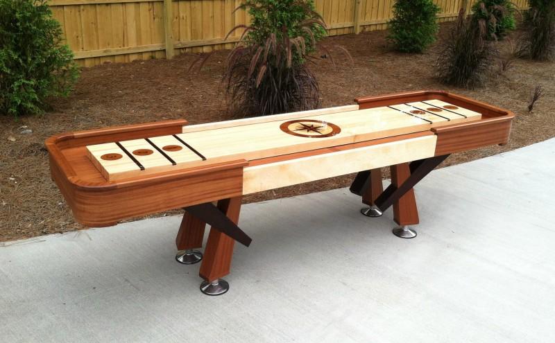 masa pentru shuffleboard