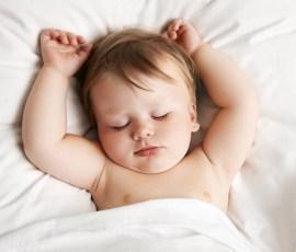 bebe la somn