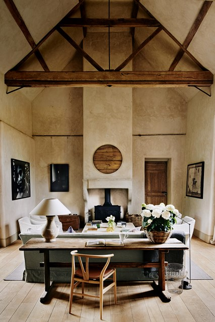 loving room in hambar transformat