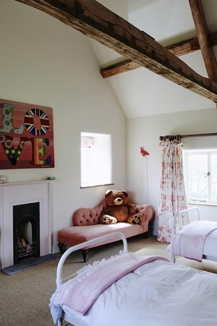 camera copiilor vintage - hambar transformat