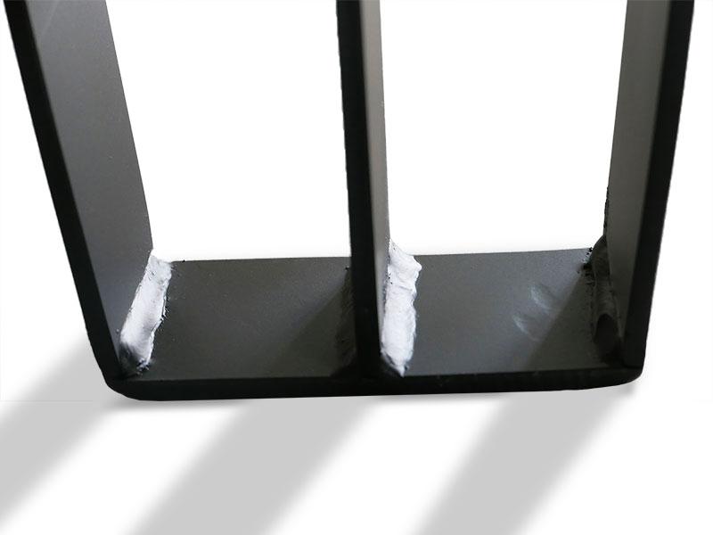 masa tripod picioare metalice