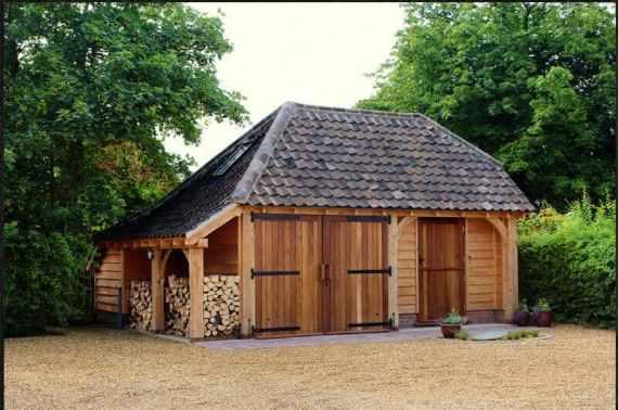 cabana din lemn cu fatada exterioara board siding