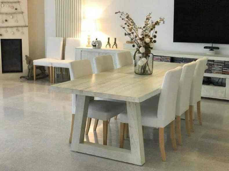 design interior alb - mobila din stejar masiv