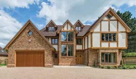 case cu structura din lemn la vedere
