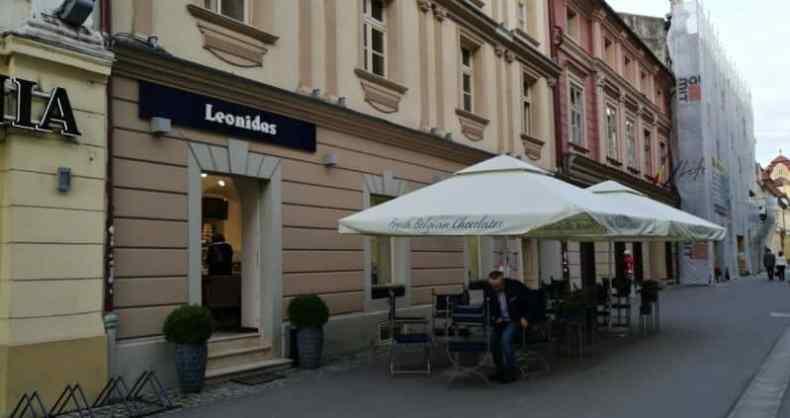 cafea si ciocolata la Leonidas locații publice din Timișoara
