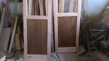 panouri de stejar în ușile de interior