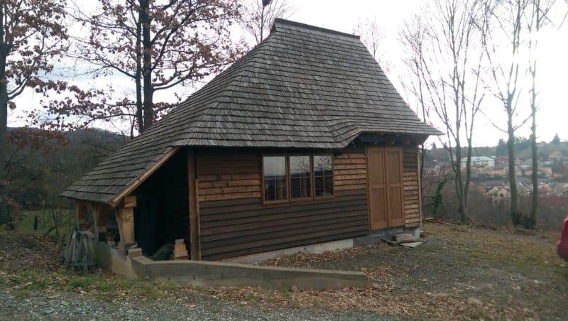 cabana cu ferestre