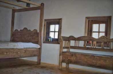 mobilier tradițional