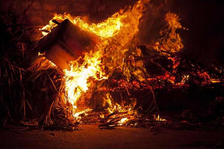 nu arde gunoi sobele sunt pentru lemne